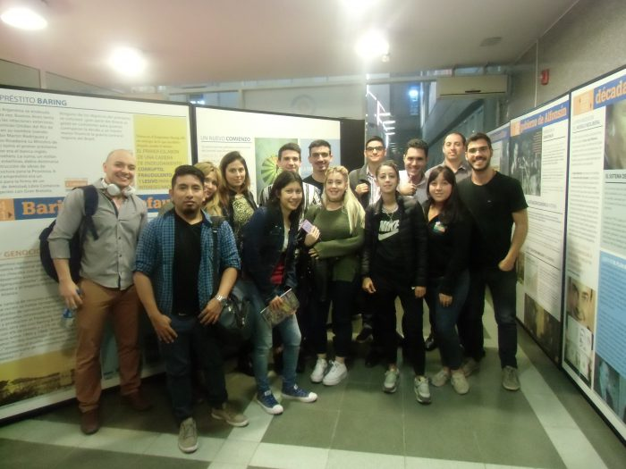 El MDE recibió a alumnos de la FCE